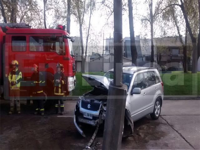 Choque de Vehículo deja Tránsito Suspendido en Avenida 2 Sur en Talca
