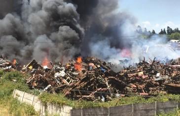 Gigantesco Incendio en Acceso Norte de Talca