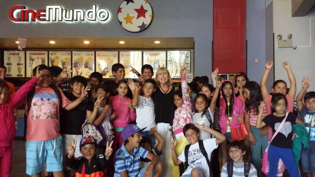 Niños de Pencahue Van al Cine
