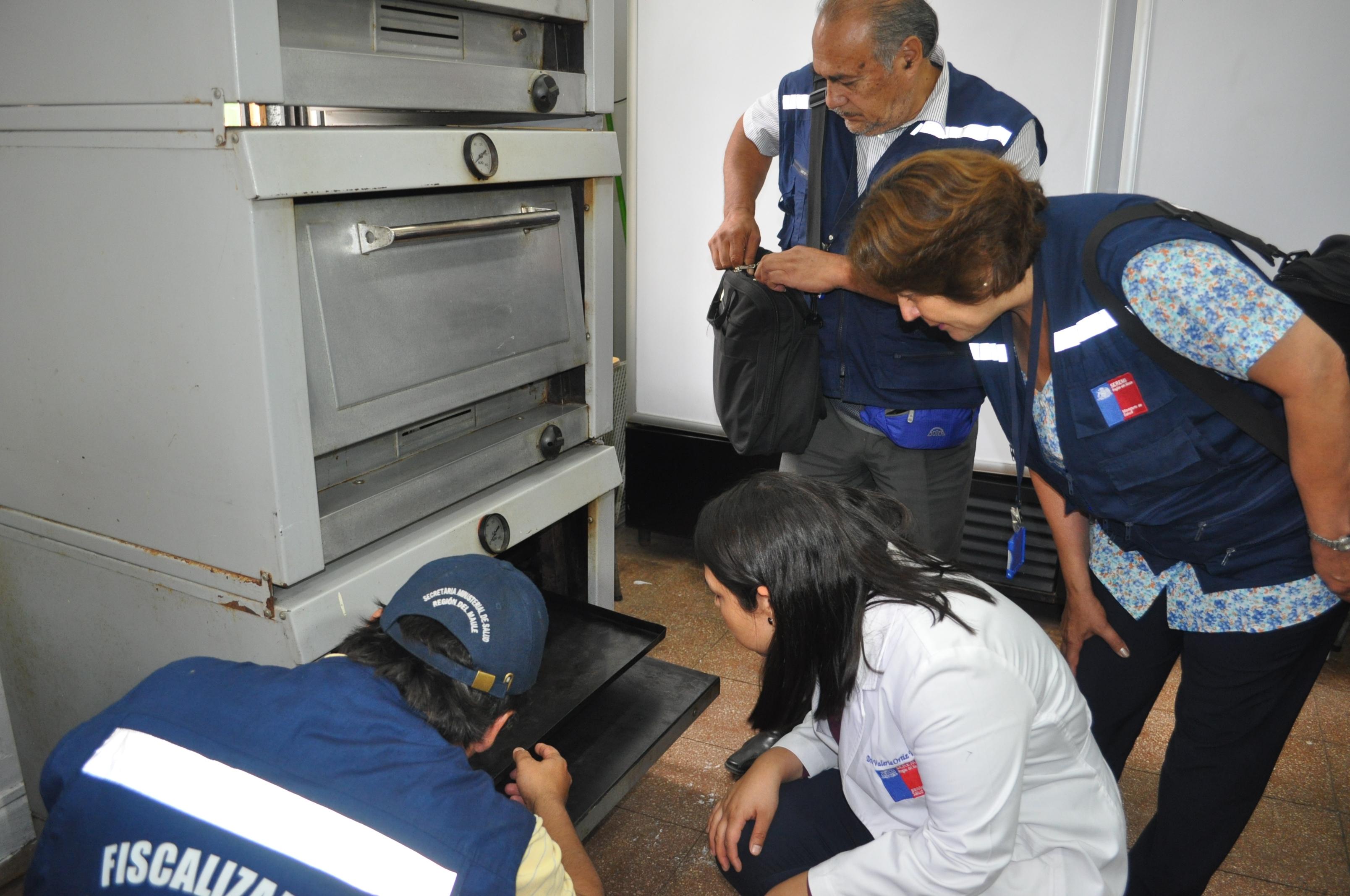 Autoridades fiscalizaron condiciones sanitarias en establecimientos educacionales de Talca