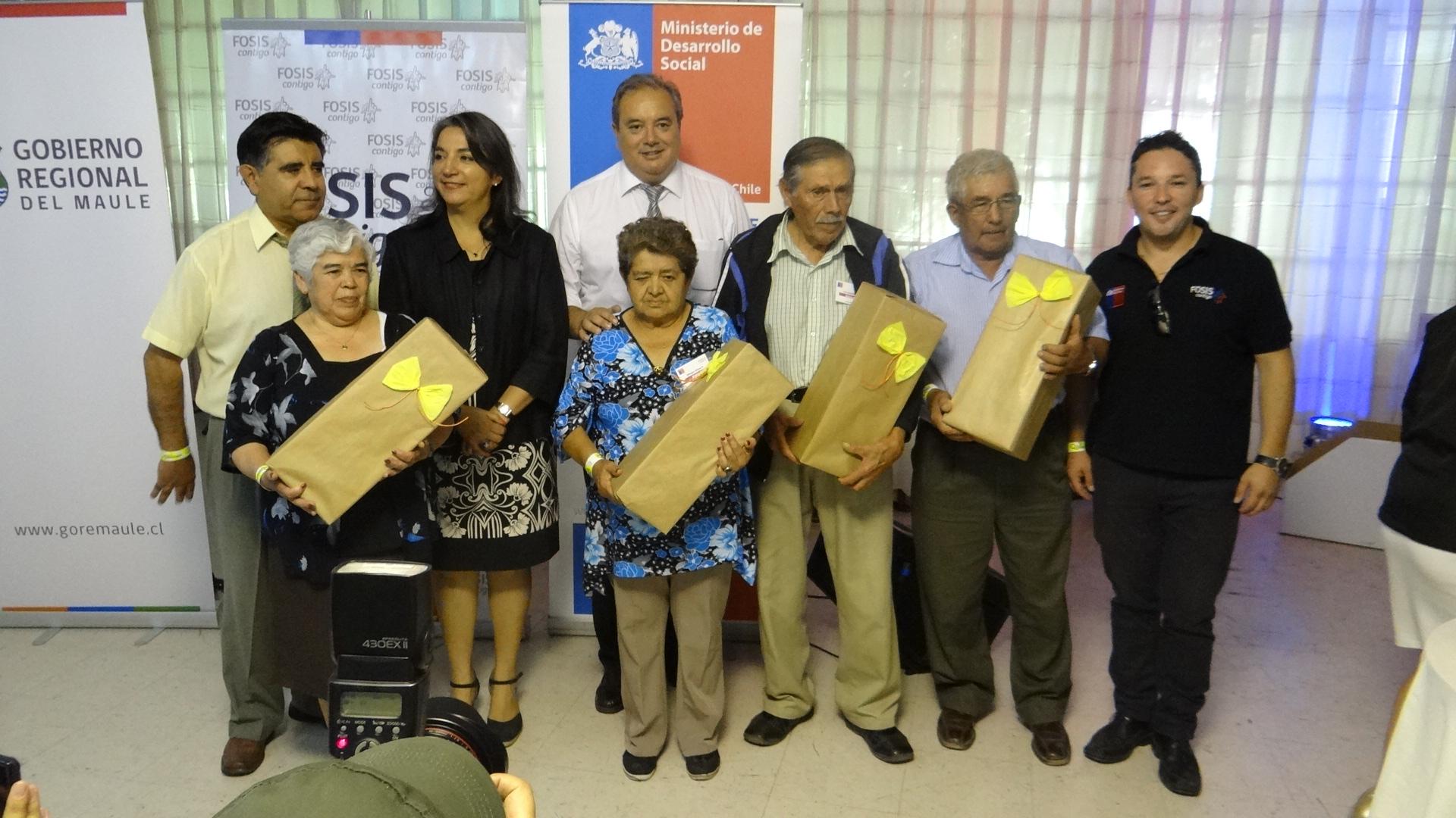 Adultos mayores se capacitan en la región