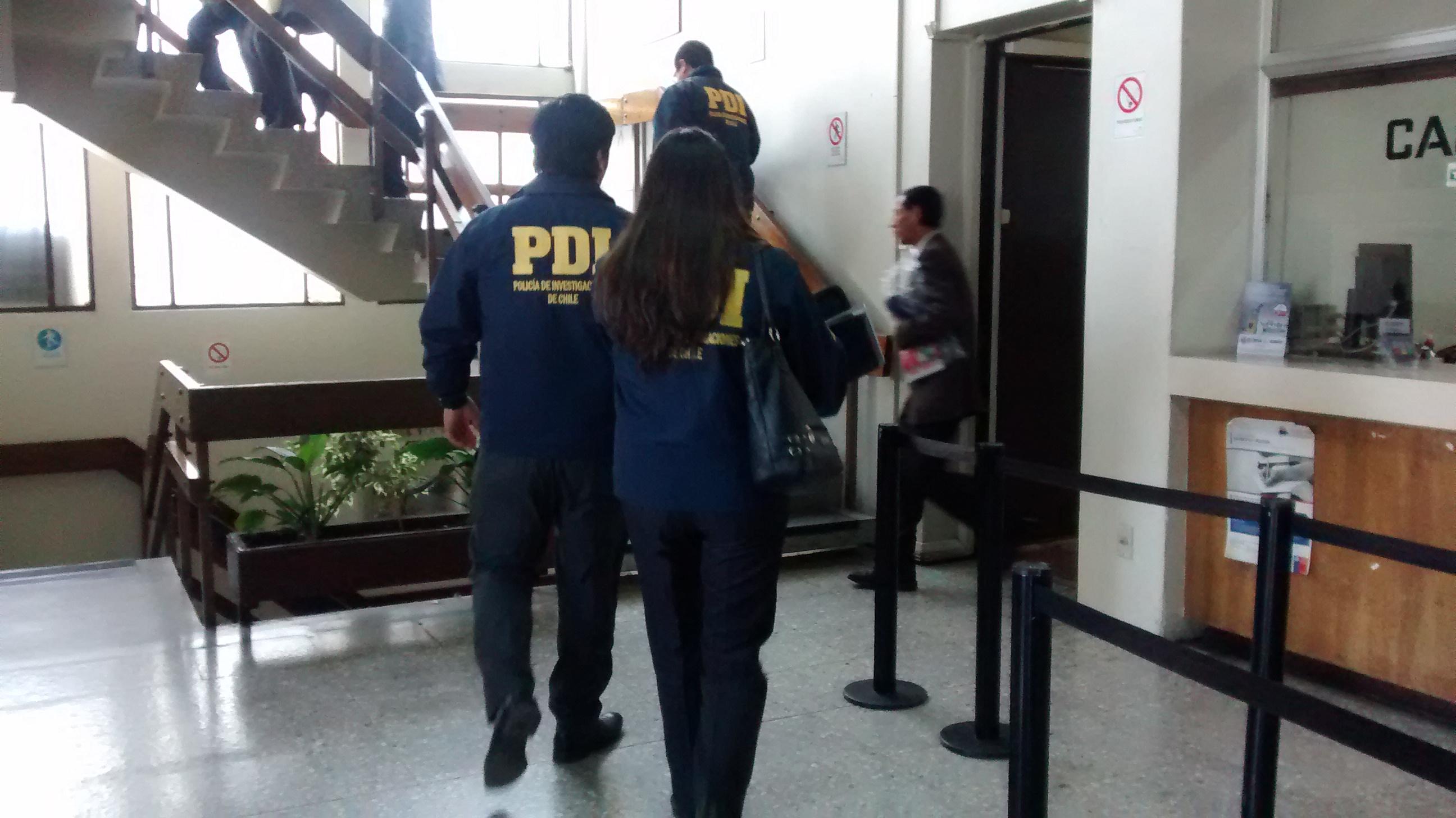 Sorpresivo operativo desarrolla la Policía de Investigaciones PDI al interior de la Municipalidad de Talca