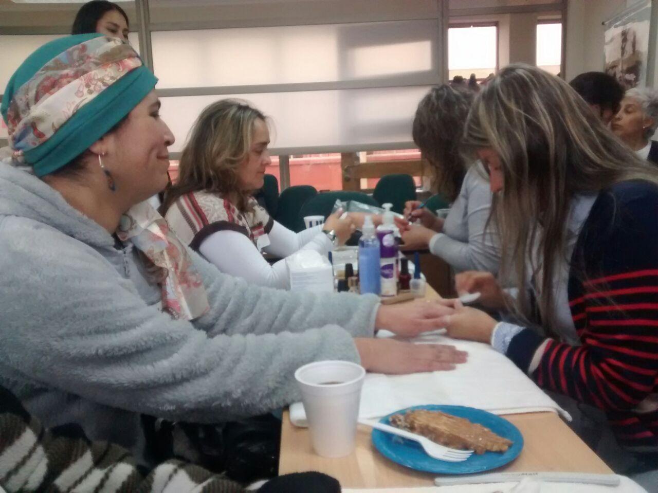 Pacientes de la unidad de oncología del hospital de Talca participaron en hermosa actividad