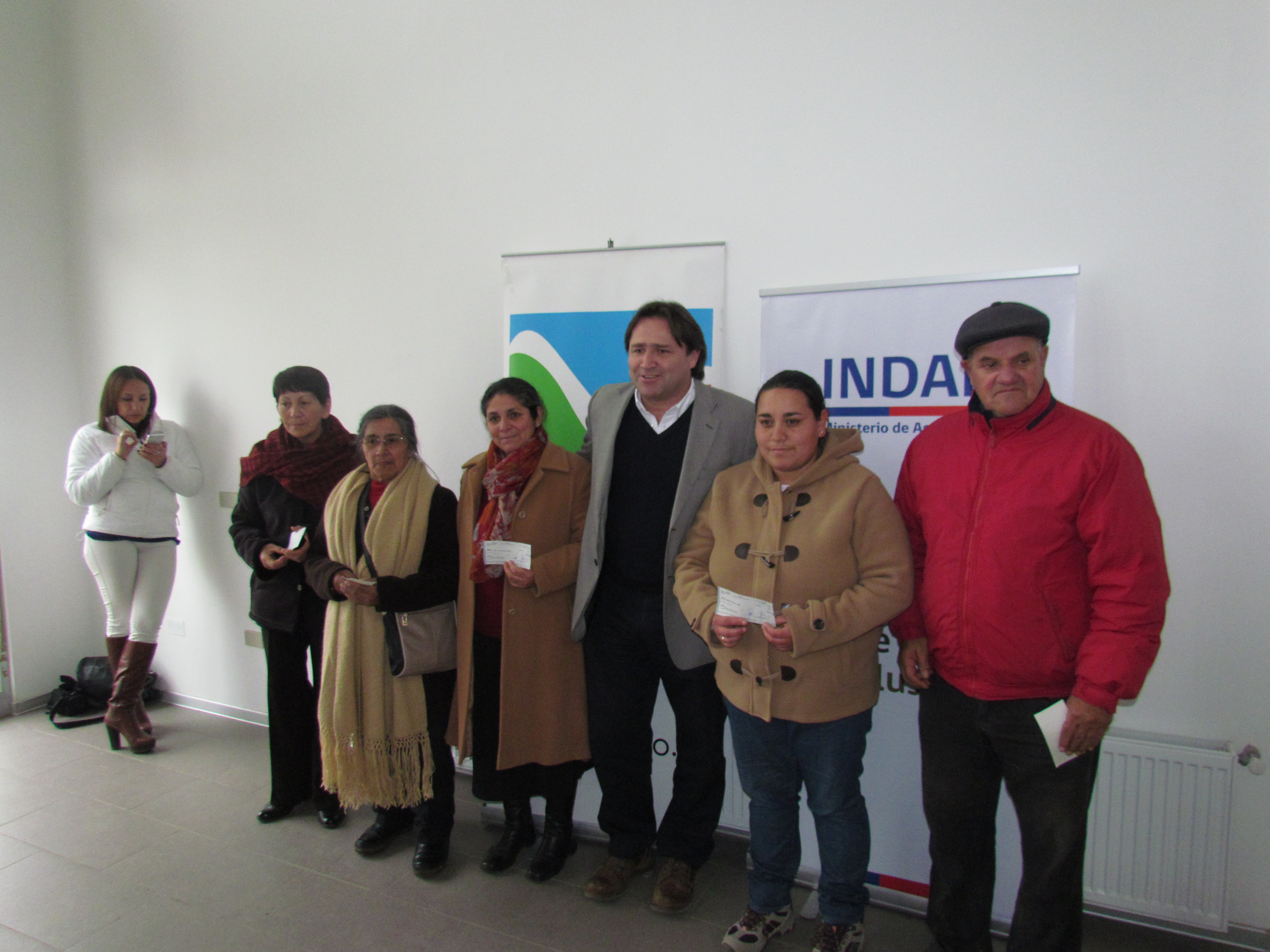 Entregan beneficios para 309 agricultores en Rio Claro