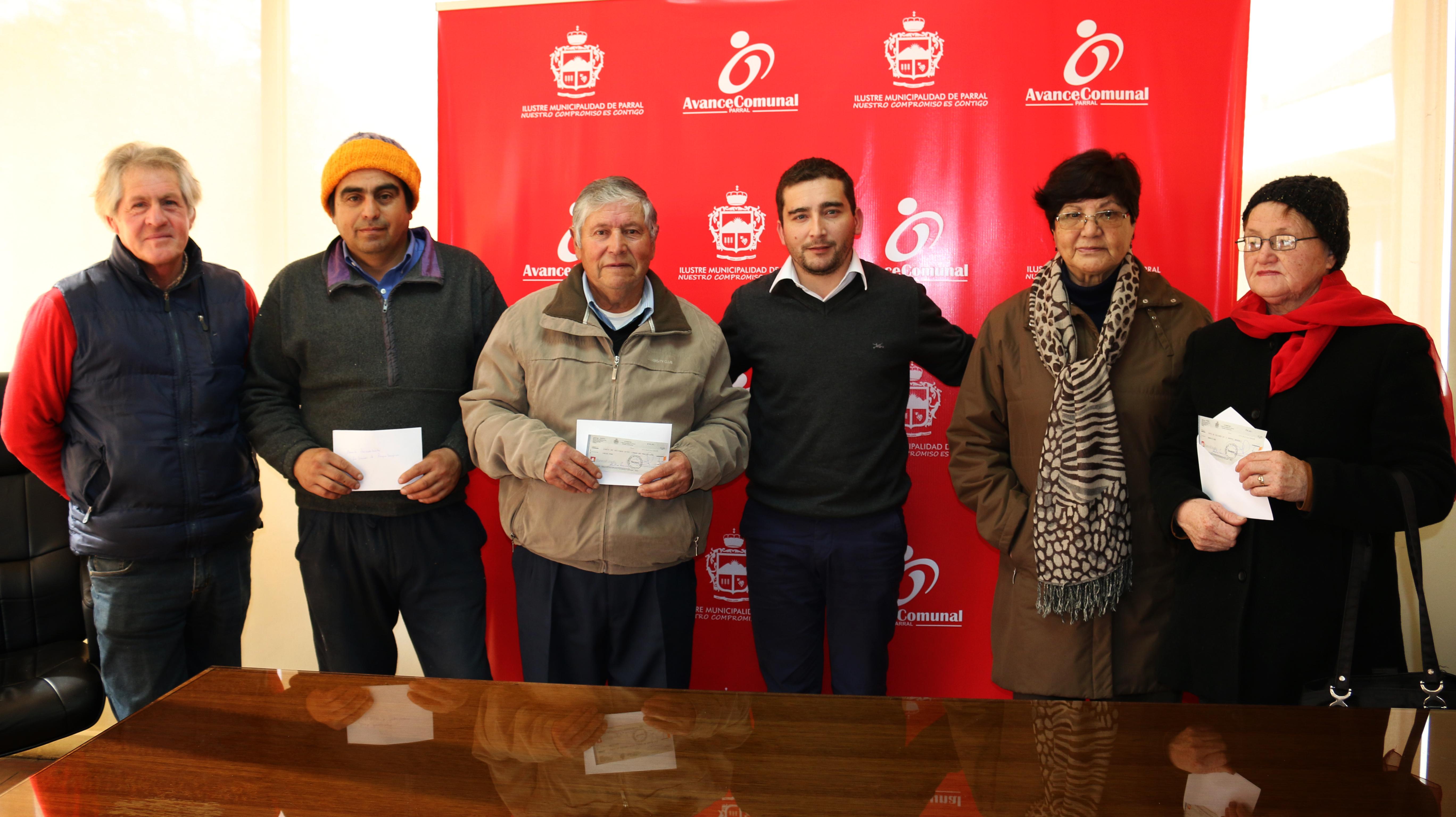 Municipio de Parral apoya a organizaciones locales a través de importantes subvenciones económicas