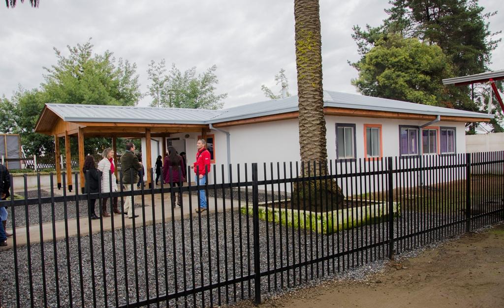 Inauguran moderna construcción en escuela Tres Esquinas en Molina