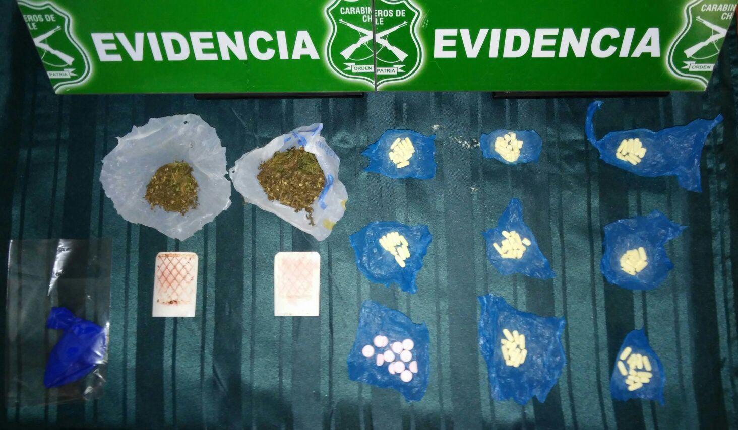 Detienen a mujer que intentaba ingresar drogas a cárcel de Talca