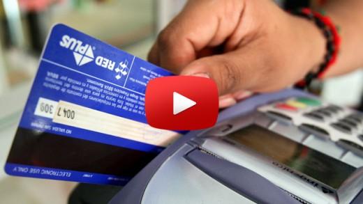 [Video] Seremi de Desarrollo Social y director regional del FOSIS entregaron flyer informativos para prevenir situaciones de endeudamiento durante fiestas patrias