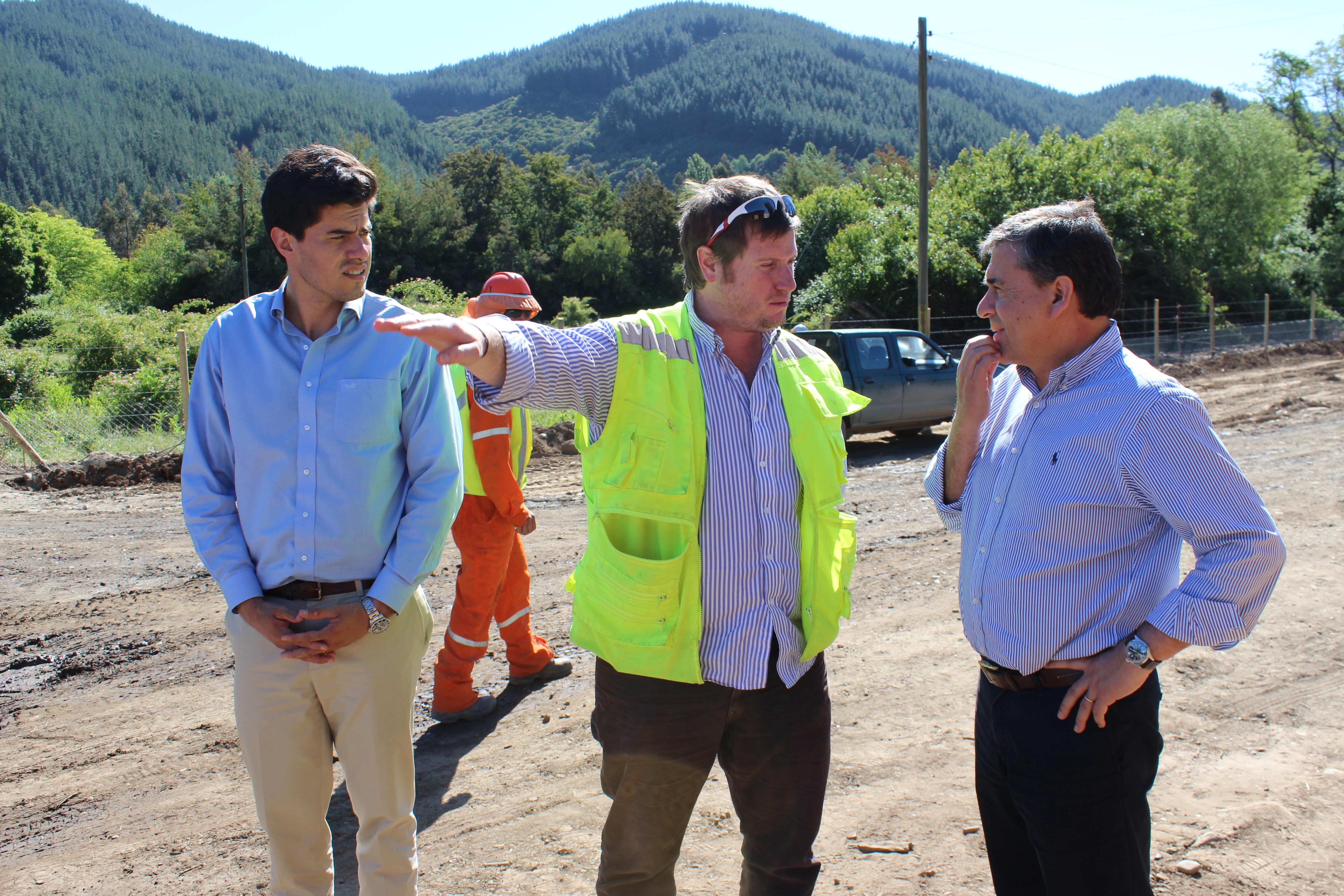 A fines de 2016 deberá concluir asfalto del camino Llepo-Peñasco en Linares