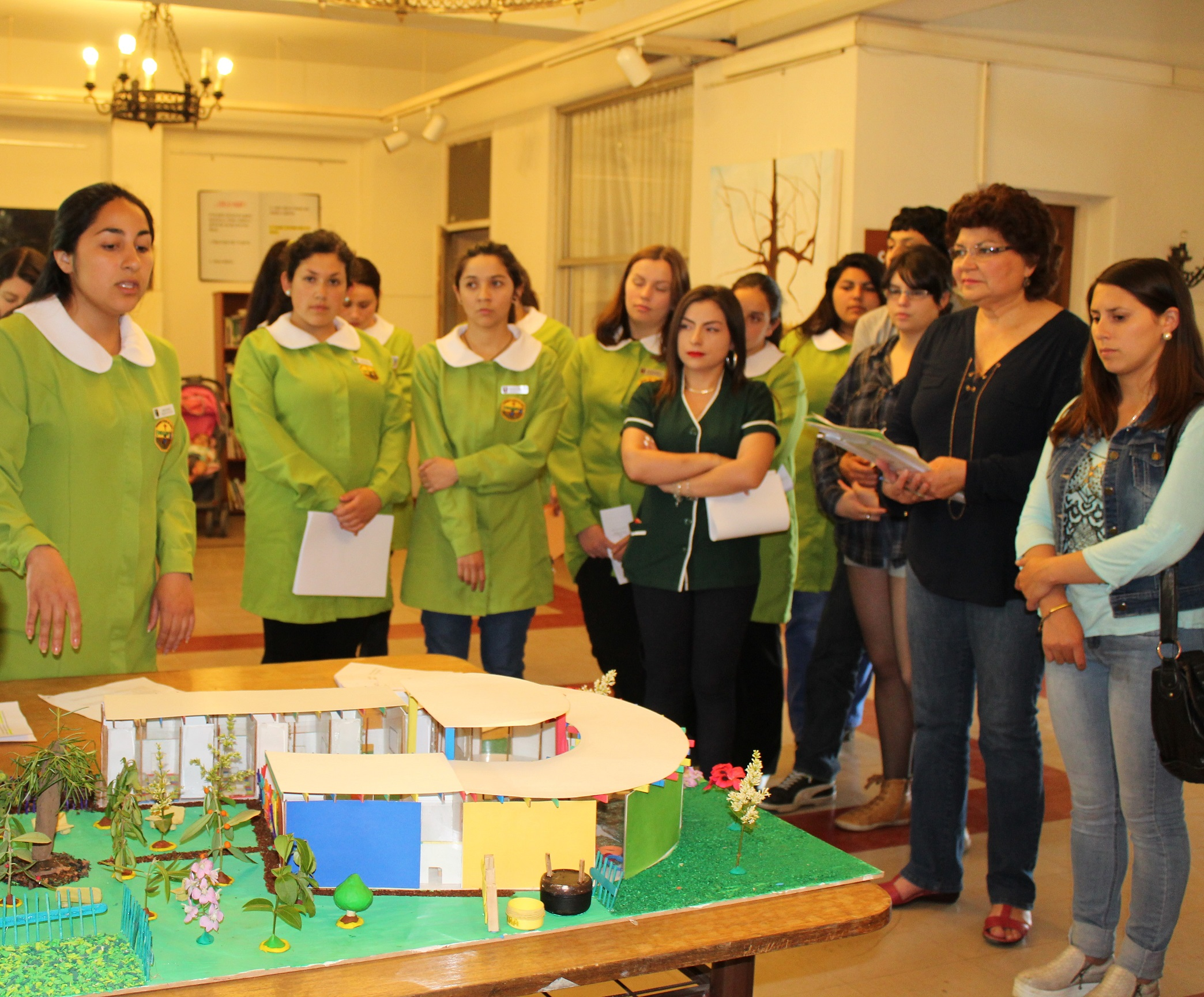 Estudiantes ucm dise an innovadores modelos de jardines for Jardin infantil