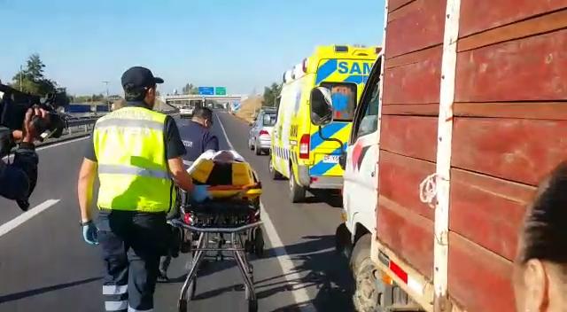 Fotos: Dos lesionados dejan colisiones múltiples en la ruta cinco sur al norte de Talca