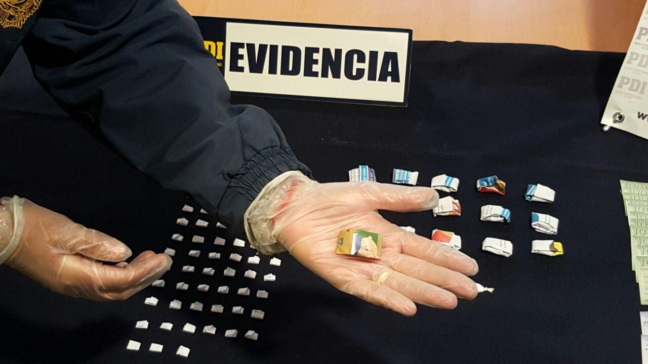PDI de Curicó, detiene a sujeto con 75 dosis de cocaína base