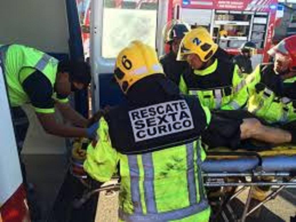 Violentos accidentes con lesionados graves, se registran en ruta cinco frente a Curicó