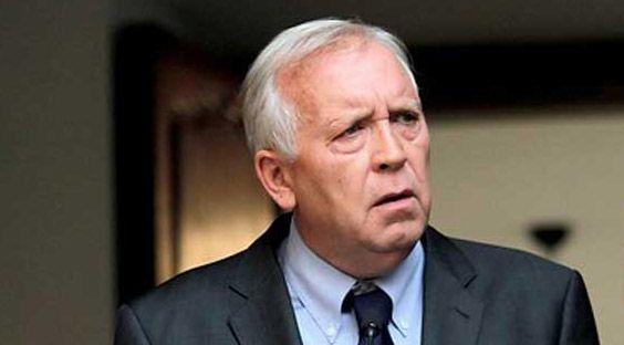 Renuncia ministro del interior jorge burgos for Ministro del interior actual