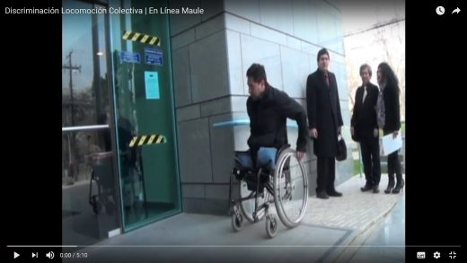 [Video] Jovén en silla de ruedas, sufre discriminación en locomoción colectiva.