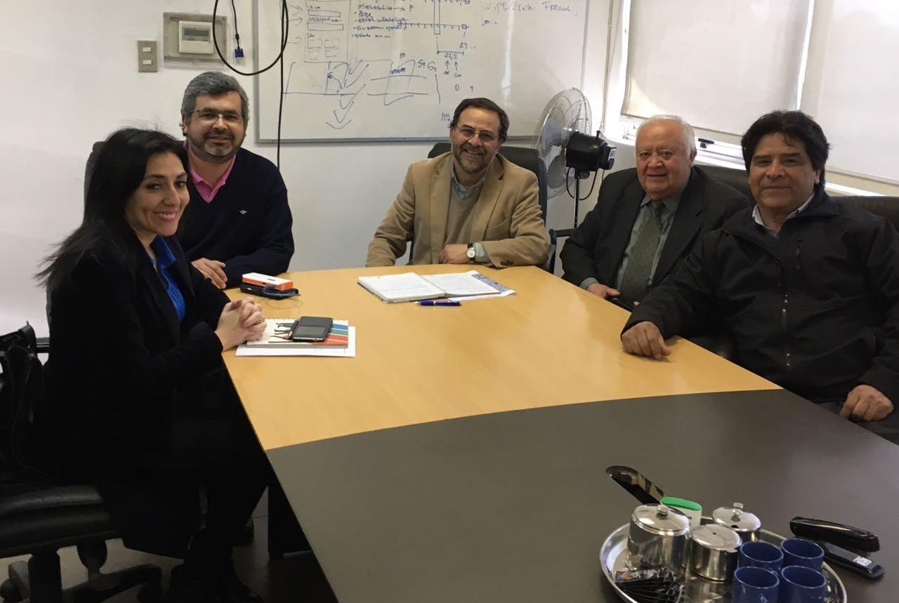 Gobierno se reúne con EFE para tratar el problema de barreras del cruce ferroviario Doctor Osorio