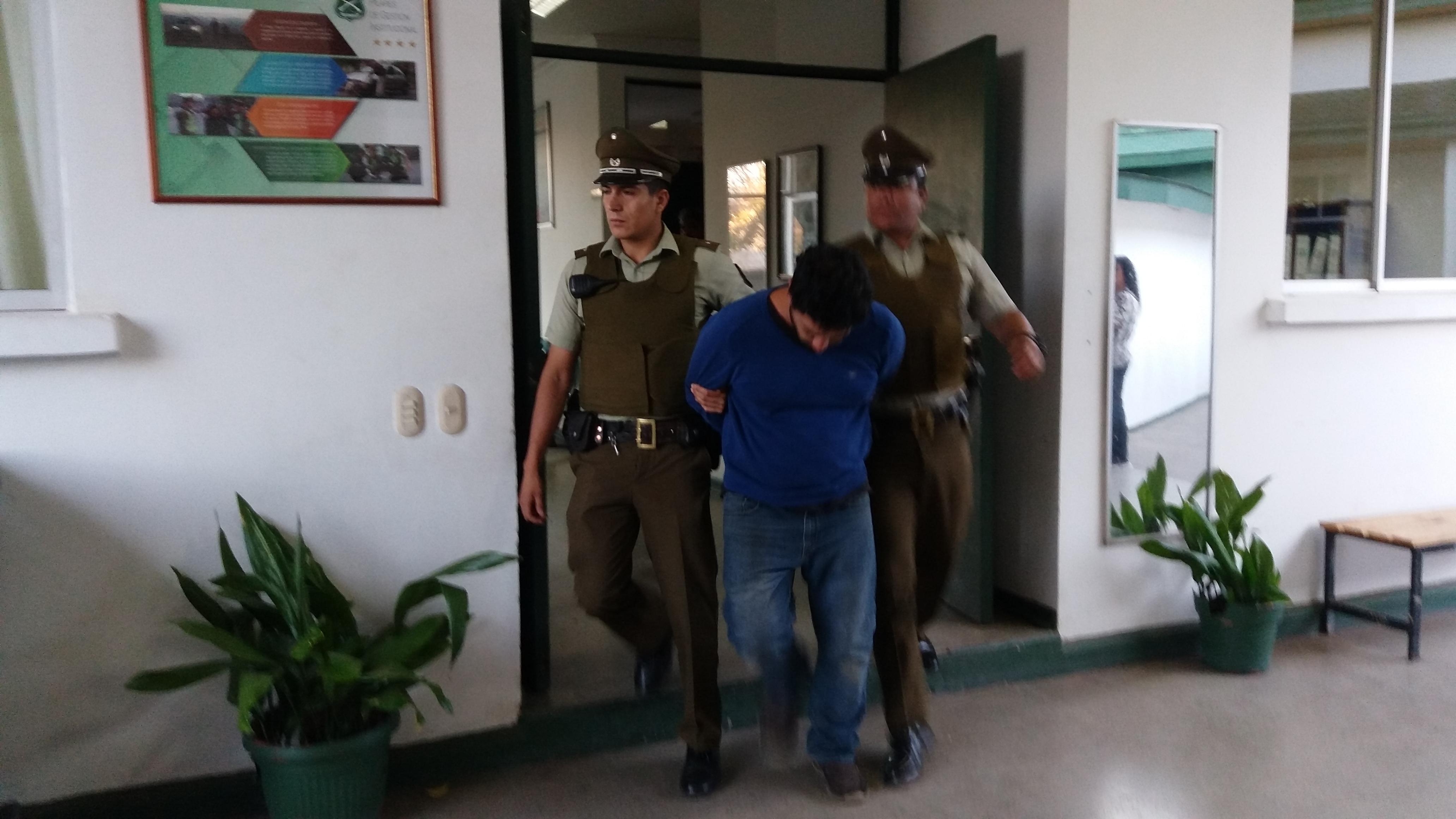 CARABINEROS RECUPERA CAMIONETAS EN TALCA QUE FUERON ROBADAS CON INTIMIDACIÓN EN TALAGANTE: