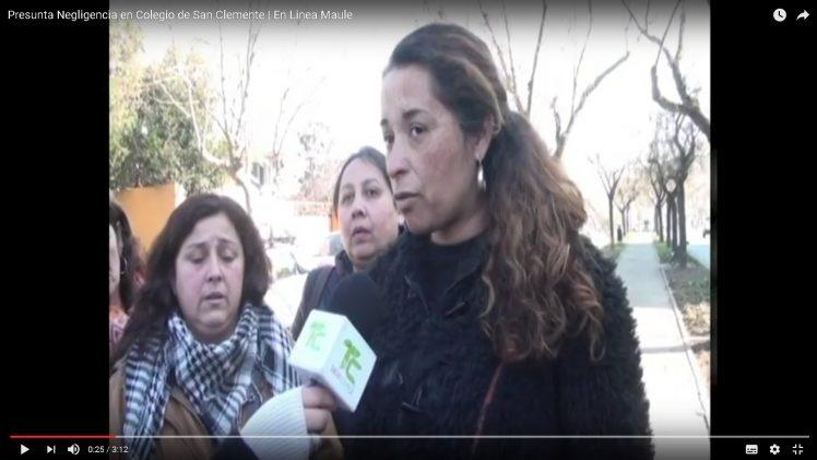 [Video] Grave accidente en escuela Deidemia Paredes Bello del sector de Mariposas, deja a una niña con el 25 % de su cuerpo quemado. Familia y apoderados exigen explicaciones al recinto.