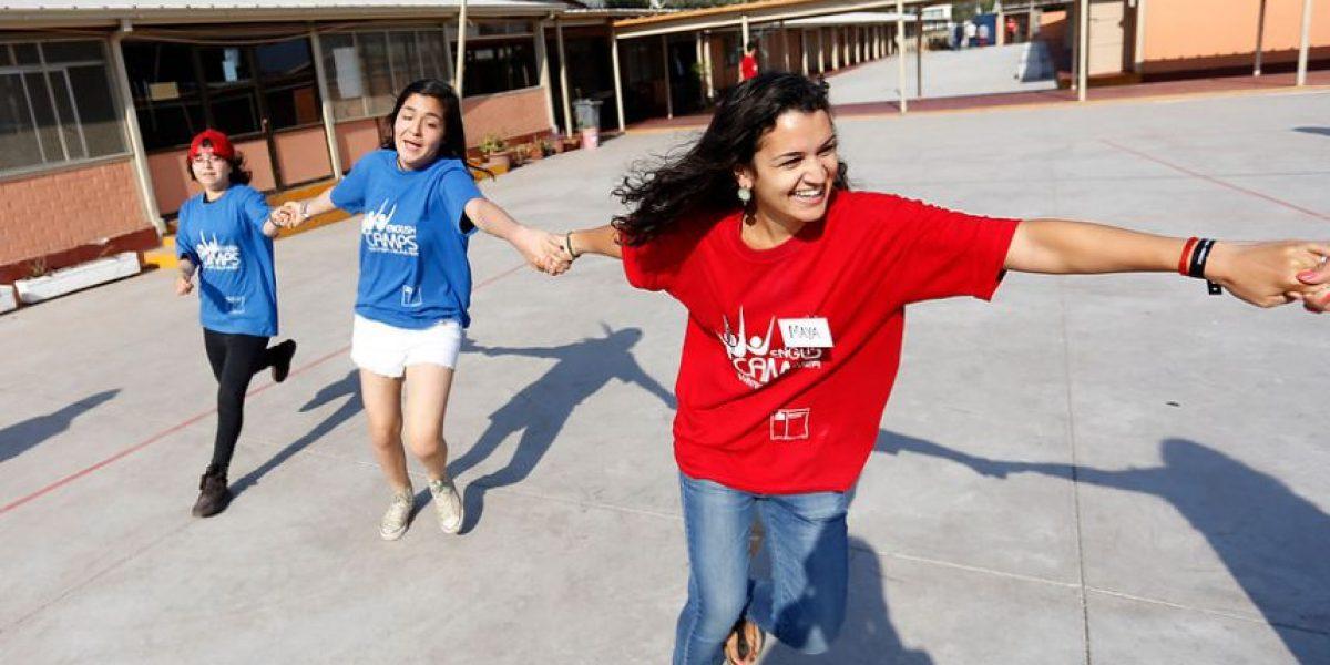 Estudiantes de liceos técnicos participan de campamentos de inglés