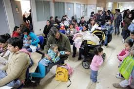 Minsal destina 56 mil millones para reducir listas de espera
