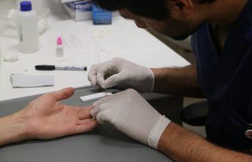 Test rápidos de VIH en Hospital de Talca