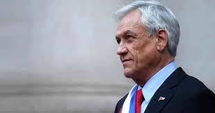 CADEM: Aprobación del pdte. Piñera cae a 44%