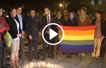 Con velatón en la plaza de armas de Talca, se recordó a las víctimas de vih sida en el mundo.
