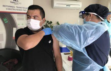 Más de 2 mil transportistas han sido vacunados contra la influenza en la Región del Maule.
