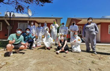 Jóvenes voluntarios de INJUV hermosearon hogares de adultos mayores del SENAMA