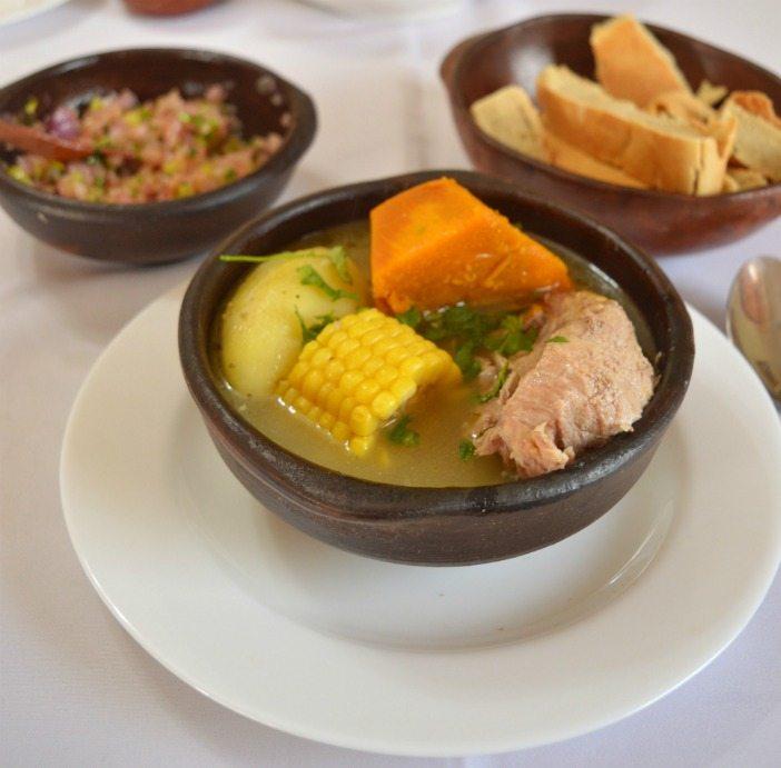 Impulsan talleres de cocina tradicional chilena en sector de Aguas Negras II  de Curicó